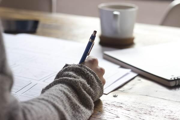 SINNTHERAPIE - Dr. GUTMANN | Sinntherapie im Schreiben - Naives Schreiben